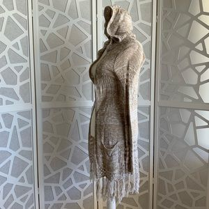 MUDD  cotton Tunic Length Sweater with Fringe EUC